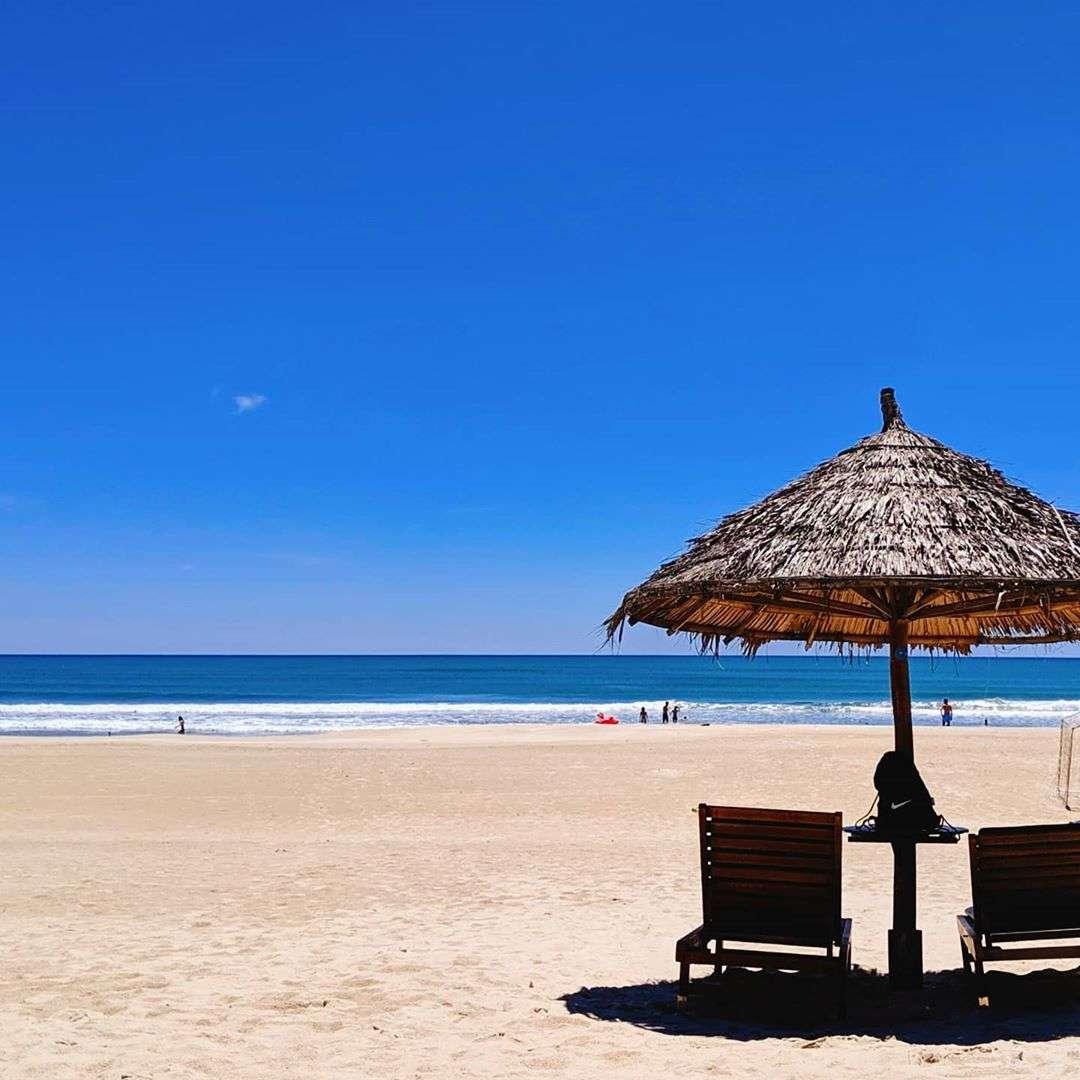 Vẻ đẹp yên bình của bãi biển Non Nước